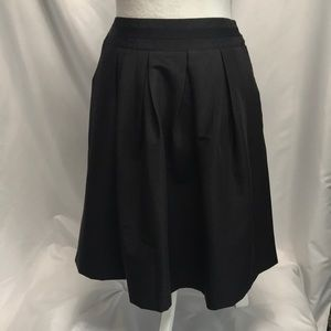 NWT WHBM Black Pleated Skirt w POCKETS